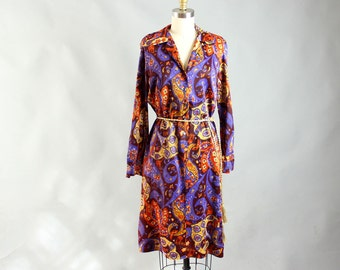 60s shirt dress . vintage 1960s dress . paisley shirt dress . 60s / 70s paisley dress . womens dress size medium large