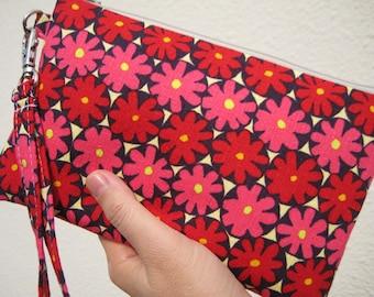 Wedding Clutch 2 pockets,medium,red,flowers,discount plan set, wristlet, cotton ---- Red pink flowers