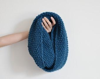 Handknit 100% Wool Chunky Cowl - Teal