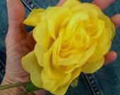 Vintage 1960s Silk Flower Yellow Rose Boutonnière Millinery Hat Supplies 20141020K105