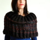 Handmade knitted chunky wool brown cowl - Phoenix
