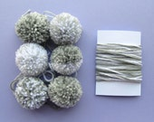6 Pompoms + Yarn for Gift Wrapping, Grey & White (D)