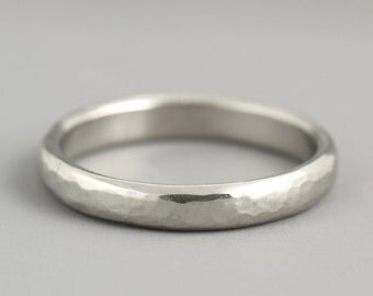 Thin Hammered Women's Wedding Band in Palladium - Classic Band Ring with Natural Sand Dune Texture - Modern Understated 3mm White Pd Ring