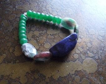 Hidden Peace Howlite Glass and Chalcedony Beaded Stretch bracelet