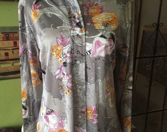 Vintage 1970's womens satin style  boho button up. Size M