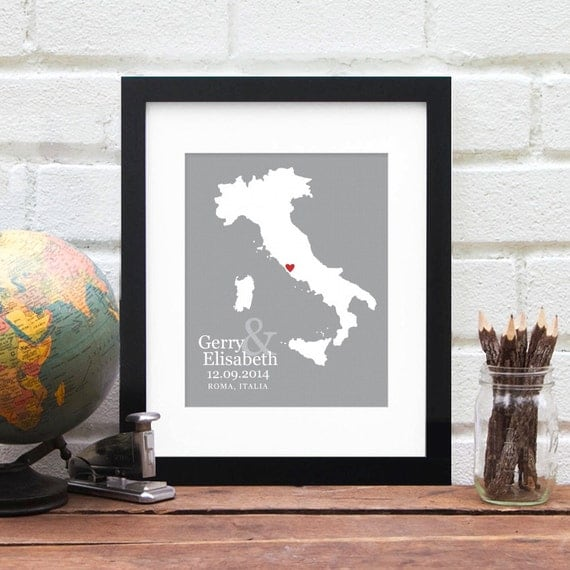 Italy Wedding Gift, Personalized Country Map Art, Belated Gift for Newlyweds, First Anniversary Gift, Engaged in Italy - 8x10 Art Print