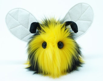Stuffed Animal Cute Plush Toy Bumble Bee Kawaii Plushie Bumble Black and Yellow Faux Fur Toy Medium 5x8 Inches