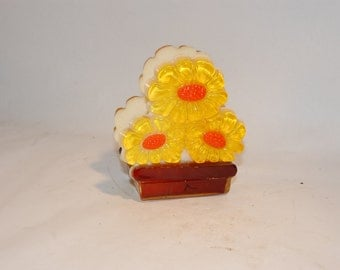 vintage acrylic flower napkin holder orange yellow brown lucite cast resin plastic