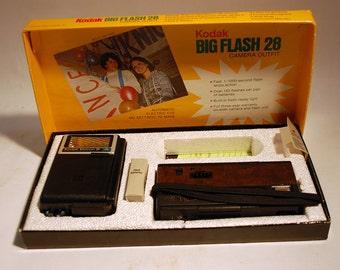 Kodak Big Flash 28 Camera Outfit in original box vintage Trimlite Instamatic 28 camera with Ektron II Electronic Flash Model A