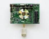 Recycled Apple Motherboard Clock