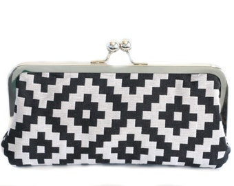 Black and Gray Tribal Clutch - Kisslock Frame Clutch in Aztec Print Canvas Fabric - Kisslock Clutch