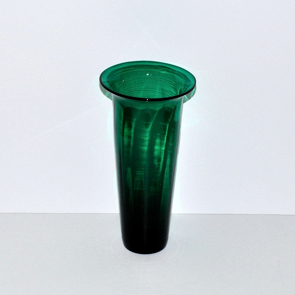 Blenko 9314 Art Glass Optic Emerald Green Tall Vase