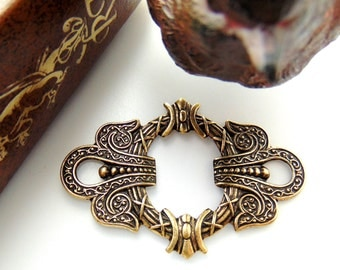 ANTIQUE BRASS (2 Pieces) Art Deco Frame Focal Celtic Stampings - Jewelry Ornament Findings (E-4) #