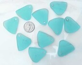 1pair AQUA Top Drilled Sea Glass TRIANGLE Pieces, Cultured Tumbled Hawaiian Style Sg139/1pr
