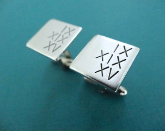 Personalized Square Cufflinks - Custom Roman Numeral Date Cuff links - Custom Cuff Links - Aluminum