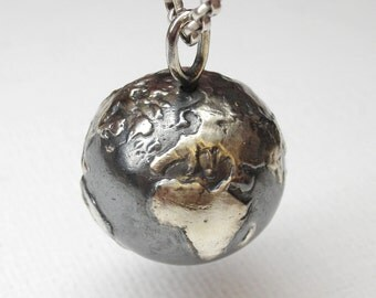 Realistic planet earth pendant in sterling silver - World, planet, globe, terrestrial