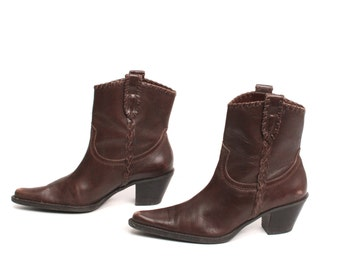 size 7.5 CHELSEA brown leather 80s 90s WESTERN pull on ankle boots