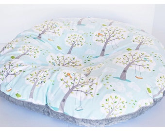 NEWBORN LOUNGER BOPPY Cover  / Zipper closure  / Backyard baby cotton print with soft  white or gray minky dimples/ Gender Neutral baby gift