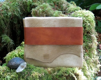 Natural Light Traveler Eco Leather Clutch