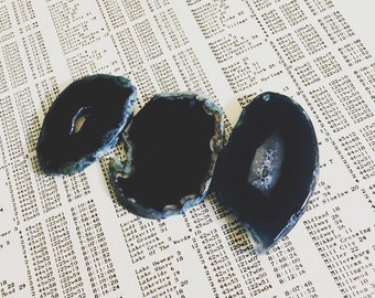 Blue dark Agate Slice Pendants - 3 pieces K