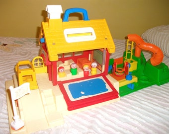 Vintage Fisher Price Little People School House Children Playset 2550 with Bus Jumprope Swing