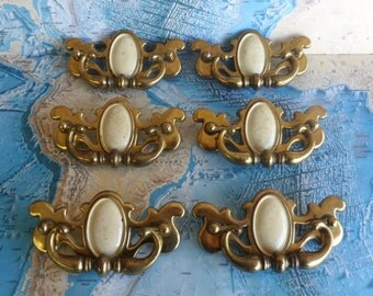 SALE! 6 vintage curvy brass metal chippendale pull handles with ivory centers SET #2*