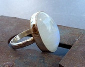 Moonstone ring,Rainbow moonstone silver ring, cocktail ring, moonstone jewelry,birthstone ring, gemstone ring, white ring, statement ring