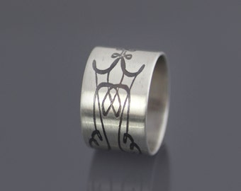 Etched Sterling Silver Band , calligraphic flourish, unisex ring, celtic band