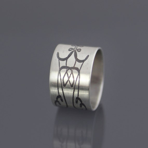 Etched Sterling Silver Band - Calligraphic Flourish  - Unisex Ring