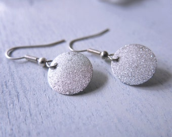 Textured Silver Circle Earrings Boho Earrings Silver Disc Earrings Modern Earrings