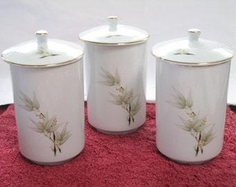 Set of 3 Tall Tea Cups with Covers