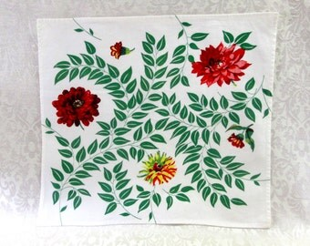 Wilendur Napkins Set of Four Red Green Yellow Zinnia Flowers Floral with Jadeite Green Leaves Sailcloth Cotton