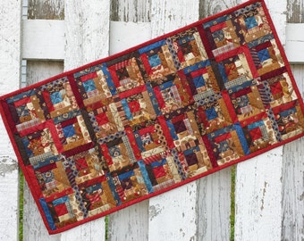 Quilted Log Cabin Table Runner (EDTR37)