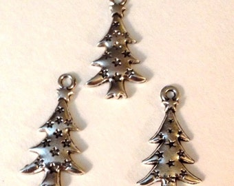 25 Christmas Holiday Tree Charms - Antique Silver - SC116#GE