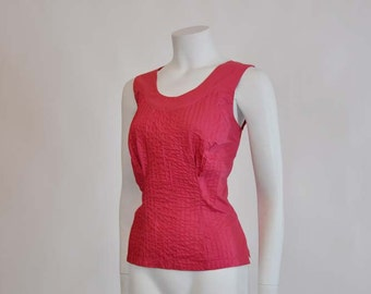 50s blouse / Vintage 1950's Pin Tuck Sleeveless Blouse