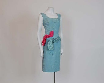 1950s dress / Hollywood Designer Vintage 50's Ernest Newman Wiggle Dress