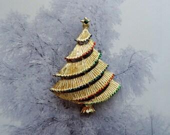 Xmas Tree Pin Brooch Goldtone Vintage by Gerrys