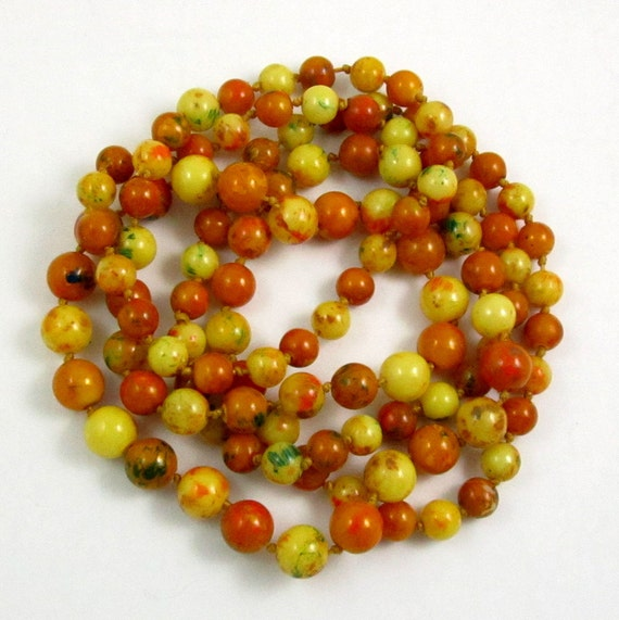 Vintage Art Deco Faux Amber Bead Flapper Necklace