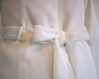 Ivory Beaded Velvet Sash, Bridal Belt, Hand Beaded Sash, Womens Ribbon Belt, Velvet Ribbon Wedding Sash Belt, Bridesmaid Sash, Wide Sash