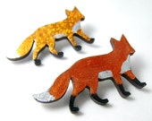Shiny Fox Pin Brooch - choose your own colour