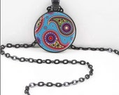 Hindu Paisley Necklace, Hindu Paisley Pendant, Gothic Paisley WIccan Pagan Bohemian Gypsy Jewelry PAS19