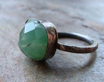 Chrysoprase Sterling Silver Rose Cut Cabochon Ring