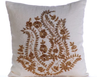 "Luxury White Throw Pillows Cover, 16""x16"" Cotton Linen Pillowcase, Square  Indian Paisley Traditional Pillows Cover - Gold magical Garden"