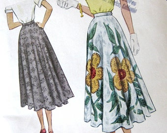 1950s Vintage Sewing Pattern - Full Circle Skirt - McCall 7962 - 28 Waist