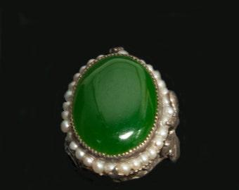 1930s Vintage Imperial Jade with Seed Pearls ring