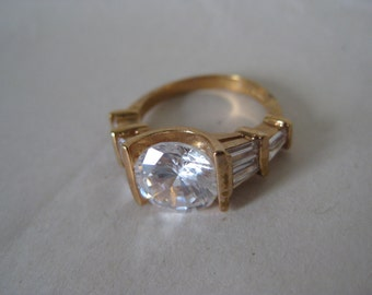 Gold Clear Stone Ring Vintage 6 1/2 Faceted