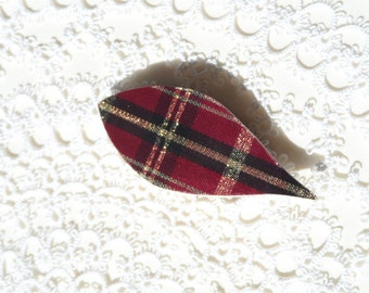 """Handmade wooden tatting shuttle with red tartan 2.5"""" with tip"""
