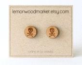Skull and crossbones earrings - alder laser cut wood earrings - Halloween earrings