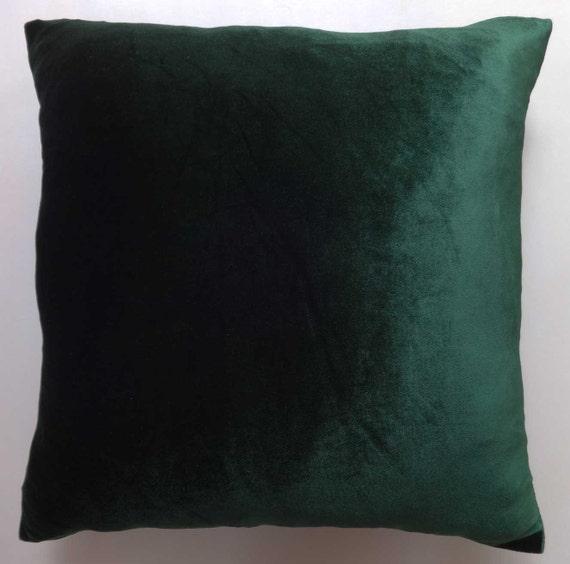 dark green pillow green velvet pillow by comfyheavenpillows. Black Bedroom Furniture Sets. Home Design Ideas