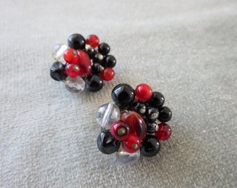 Vintage Black Red & Clear Glass Beads Cluster Earrings / 1950s / West Germany